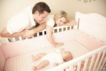 Как выбрать кроватку для малыша?